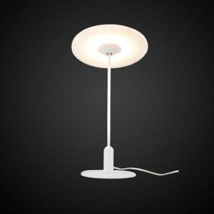 biała lampa stołowa z płaskim kloszem