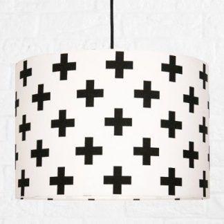 biała lampa w plusy czarne - wisząca dla dzieci