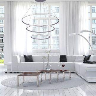 biała lampa wisząca led w jasnym salonie aranżacja
