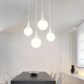 biała lampa wisząca szklany klosz aranżacja nad stół