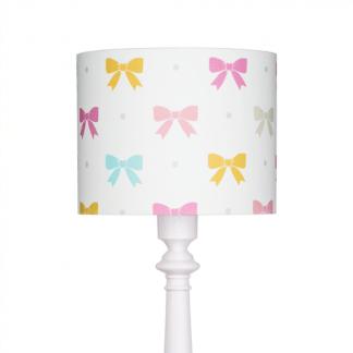 Biała lampa z abażurem w kolorowe kokardy