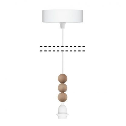 białe zawieszenie do lamp wiszących z drewnianymi kulkami