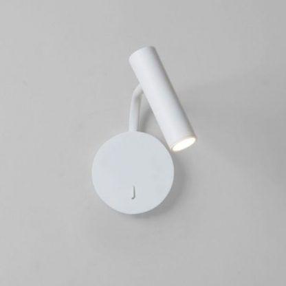 Biały kinkiet z jednym punktem światła do sypialni
