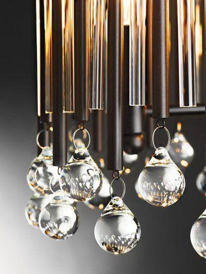 brązowa lampa z połyskującymi kryształkami
