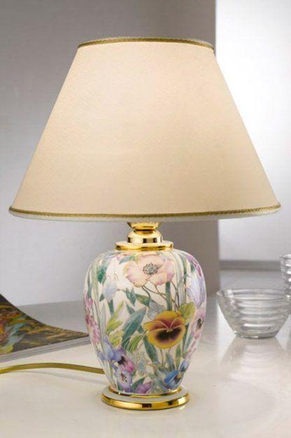 ceramiczna lampa stołowa z kwiatami i abażurem ecru