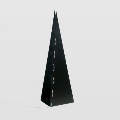 czarna lampa podłogowa ze stali do sypialni