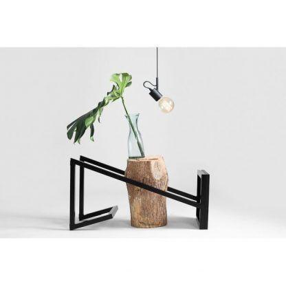 czarna lampa wisząca doświetlenie biurka