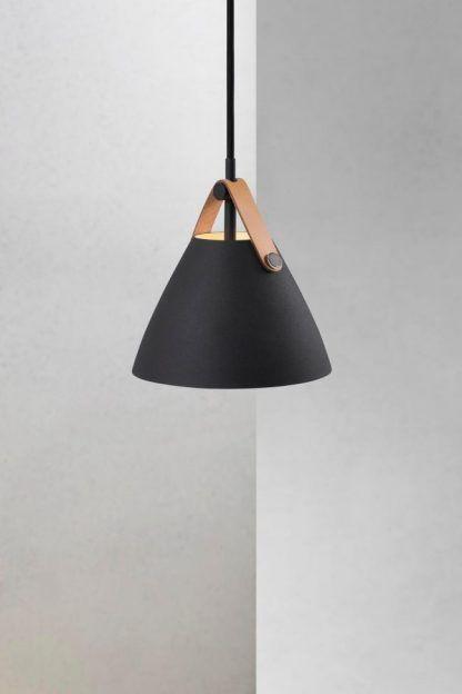 czarna matowa lampa wisząca do salonu do sypialni