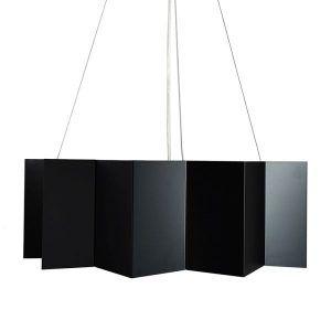 czarna stalowa lampa wisząca wielościan