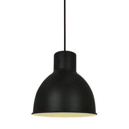 Czarny metalowy klosz w lampie wiszącej do sypialni