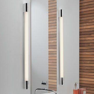 długi kinkiet łazienkowy do oświetlenia lustra