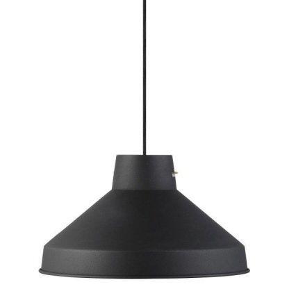 duża nowoczesna czarna lampa wiszaca do salonu