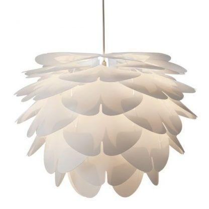 fajna biała lampa wisząca z płatków wokół żarówki