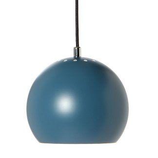 Granatowa lampa wisząca z serii Ball Frandsena