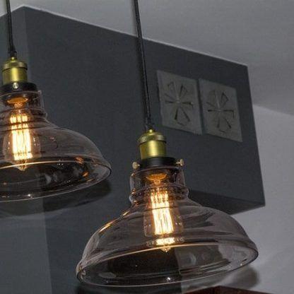 industrialna lampa wisząca ze szklanym kloszem złote detale