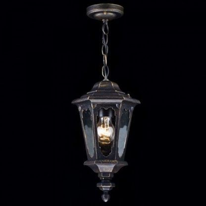 jaka lampa na schody wejściowe do domku