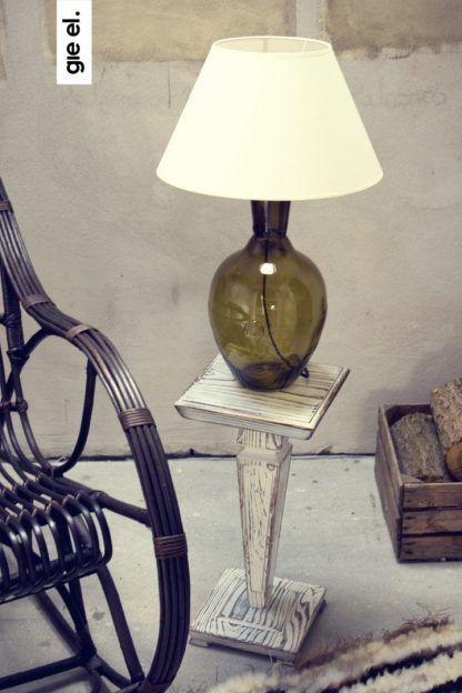 jaka lampa na stolik drewniany - szkło z abażurem