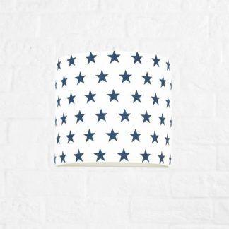 kinkiet do pokoju chłopca w niebieskie gwiazdki