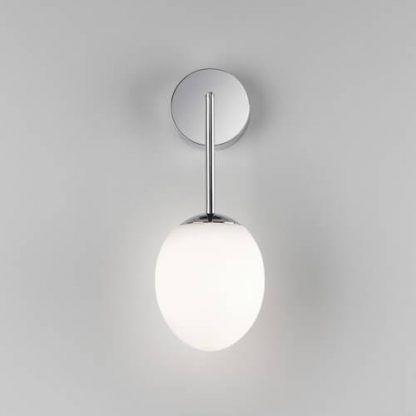 kinkiet łazienkowy chrom białe szkło nowoczesny
