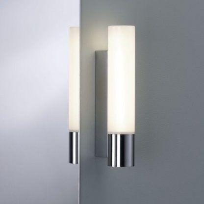 kinkiet nowoczesny do łazienki - srebrny do lustra