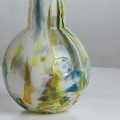 kolorowa szklana lampa stołowa zbliżenie 524