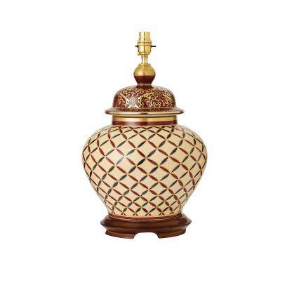 kremowa lampa stołowa z porcelany drewniana baza