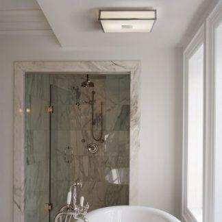 kwadratowy plafon chromowany do łazienki nad wannę