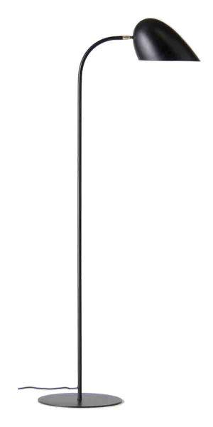 lampa podłogowa czarna w stylu skandynawskim - sypialnia