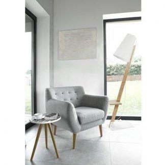 lampa podłogowa drewniana z drewnianym stolikiem