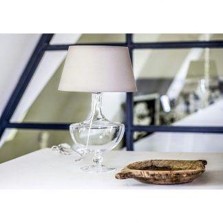 lampa stołowa na stół pod skosami