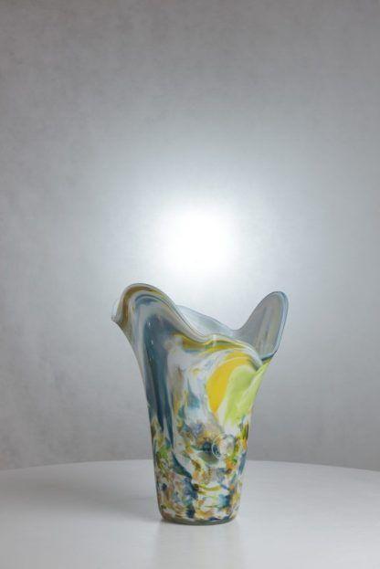 lampa stołowa stojąca przypominająca flakon