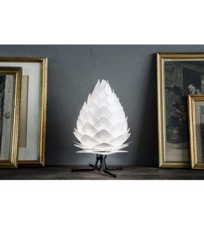 lampa stołowa trójnóg biała szyszka