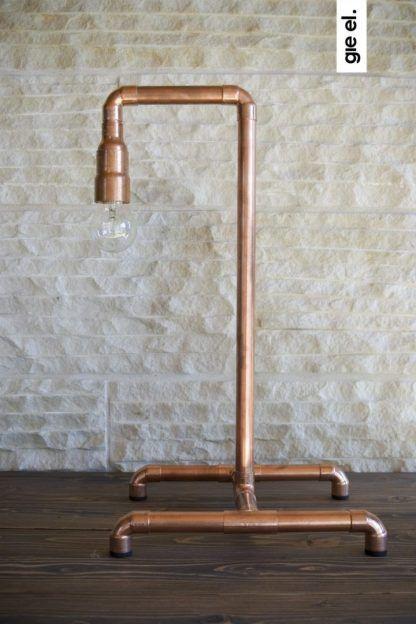 lampa stołowa z miedzi z żarówką dekoracyjną