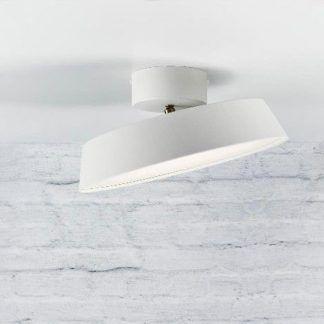 lampa sufitowa z możliwością przekręcania - ceglana ściana