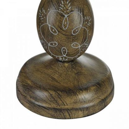 lampa w stylu vintage z drewnianą podstawą