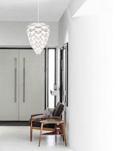 lampa wisząca biała do korytarza i wyjścia z domu