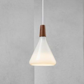 lampa wisząca biała do tynku dekoracyjnego w salonie