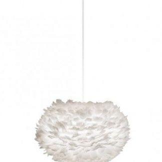 lampa wisząca cała biała w stylu skandynawskim