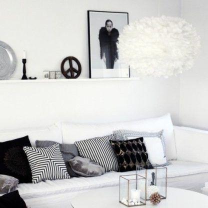 lampa wisząca do biało czarnego salonu nowoczesnego