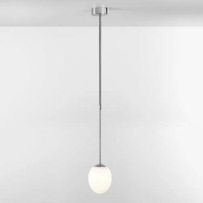 lampa wisząca do łazienki szklany klosz srebrna