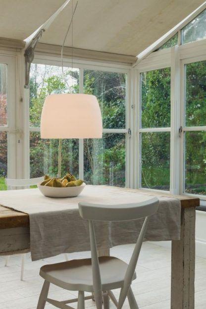 lampa wisząca duża nad stół w jadalni
