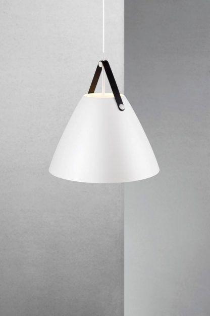 lampa wisząca na skórzanym czarnym pasku