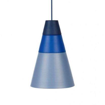 lampa wisząca w odcieniach niebieskich do sypialni
