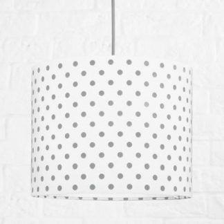 Lampa wisząca w szare grochy do pokoju dziecięcego
