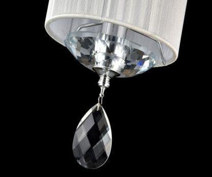 lampa wisząca z białym abażurem i kryształkiem