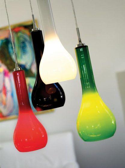 lampa wisząca z kolorowego szkła styl nowoczesny