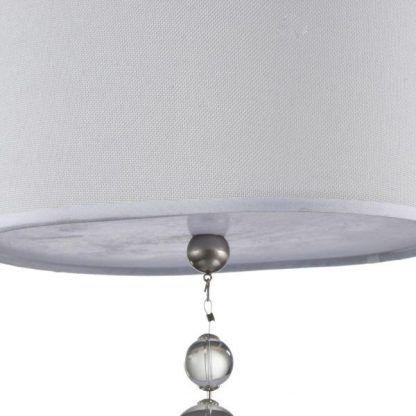 lampa wisząca z ozdobnymi kryształkami