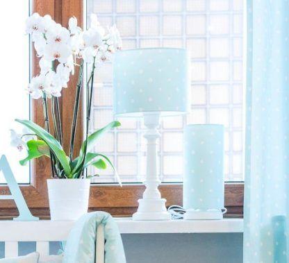 Lampki nocne z niebieskim abażurem w kropki