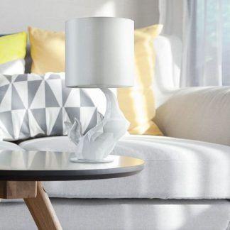 mała biała designerska lampa stołowa z abażurem do salonu na stół