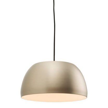 metalowa lampa wisząca do kuchni nad stół